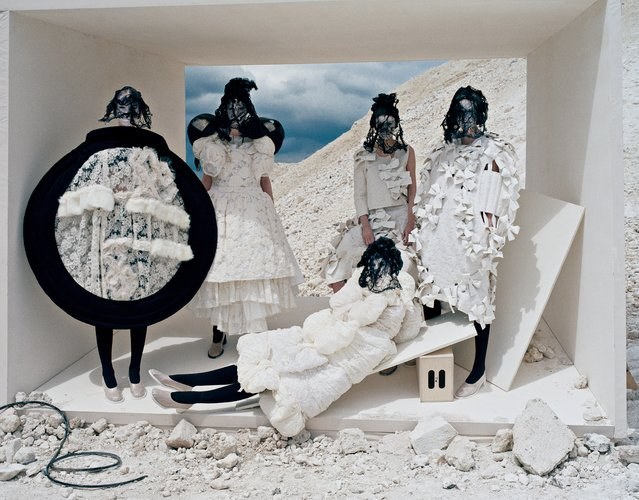 Forces of Fashion (Comme des Garçons), September 2015. (Photo by Tim Walker)