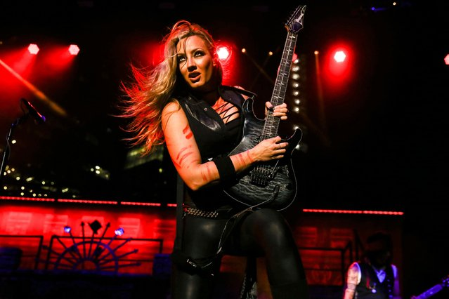 Guitarist Nita Strauss performs at Ascend Amphitheater on October 03, 2021 in Nashville, Tennessee. (Photo by Terry Wyatt/Getty Images)