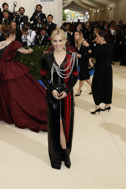 """Actress Riley Keough attends """"Rei Kawakubo/Comme des Garcons: Art Of The In-Between"""" Costume Institute Gala – Arrivals at Metropolitan Museum of Art on May 1, 2017 in New York City. (Photo by Lucas Jackson/Reuters)"""