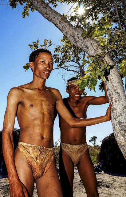 Two San bushmen are shown prior to a study in Tsumkwe, Namibia, in this undated handout provided by Cell Press October 15, 2015. Research unveiled on Thursday showed that people in isolated, primitive African and South American cultures get no more slumber than the rest of us. (Photo by Josh Davimes/Reuters)