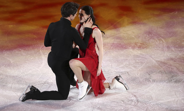 Canada' s Tessa Virtue and Canada' s Scott Moir perform during the figure skating gala event during the Pyeongchang 2018 Winter Olympic Games at the Gangneung Oval in Gangneung on February 25, 2018. (Photo by Lucy Nicholson/Reuters)