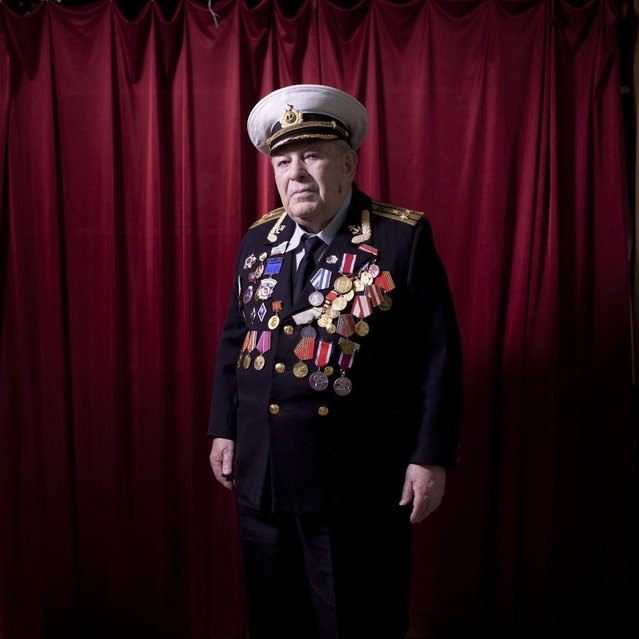 "In this photo made Wednesday, April 17, 2013, Soviet Jewish World War Two veteran David Rivelsky poses for a portrait at his house in Jerusalem, Israel. In 1941, he took part in the heroic defense of Leningrad, as part of the Leningrad Front for which in 1943 was awarded with the medal ""Defense of Leningrad"". Rivelsky immigrated to Israel in August 1999 from St. Petersburg. About 500,000 Soviet Jews served in the Red Army during World War Two, and the majority of those still alive today live in Israel. (Photo by Oded Balilty/AP Photo)"