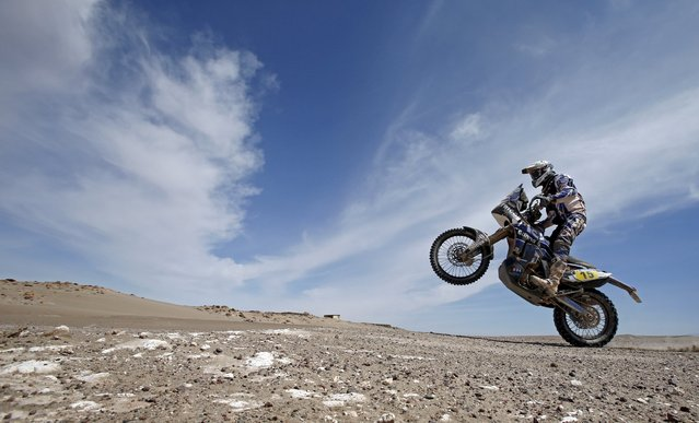 Yamaha rider Frans Verhoeven of the Netherlands rides during the 9th stage of the Dakar Rally 2015 from Iquique to Calama in this January 13, 2015 file photo.  Yamanha is expected to release sales plans this week. (Photo by Jean-Paul Pelissier/Reuters)