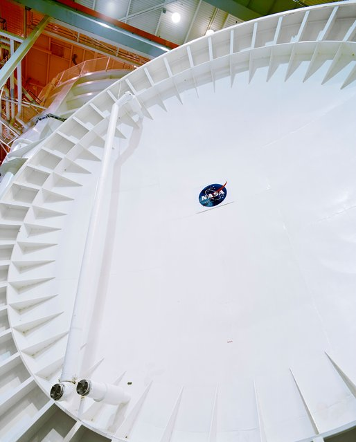 Door – 120ft Vacuum Chamber A, NASA Johnson Space Center, Texas in 1996. (Photo by Roland Miller)
