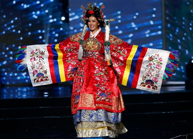 Miss Universe candidate Jenny Kim from Korea walks on stage in her national costume during the Miss Universe preliminary show at the Mall of Asia Arena in Pasay City, south of Manila, Philippines 26 January 2017. (Photo by Rolex Dela Pena/EPA)