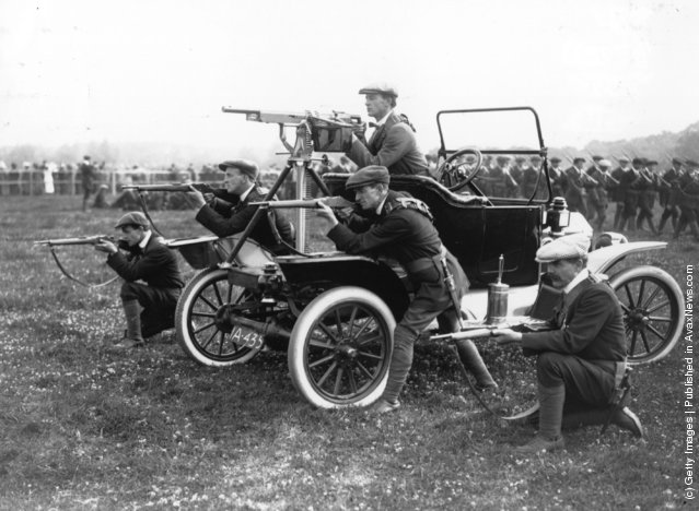 1914: Ulster volunteers, the Ulster Unionist paramilitary force, in training