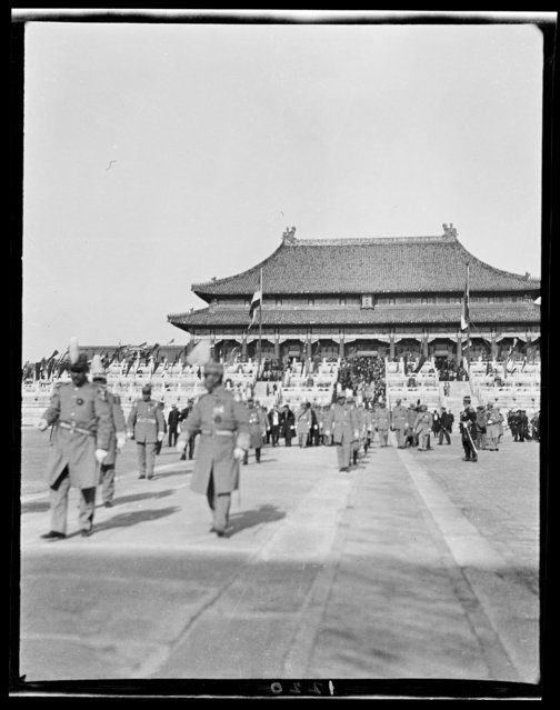 Thanksgiving Day Review, President's Party at Hall of Supreme Harmony. China, Beijing, 1917-1919. (Photo by Sidney David Gamble)