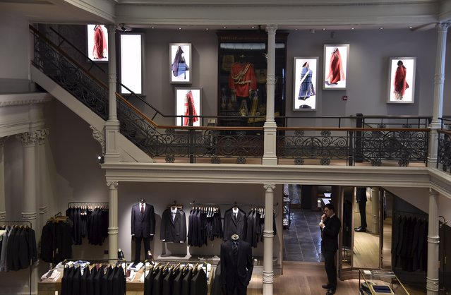 The main showroom is seen at Gieves and Hawkes Savile Row headquarters in central London, Britain, August 19, 2015. Gieves and Hawkes has contracts with British military forces and has a royal warrant to supply military uniforms and livery for Queen Elizabeth. (Photo by Toby Melville/Reuters)