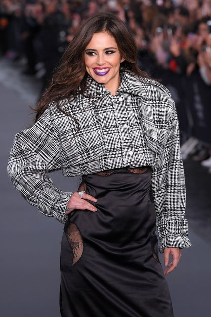 Cheryl Cole walks the runway during Le Defile L'Oreal Paris as part of Paris Fashion Week Womenswear Spring/Summer 2018 at Avenue Des Champs Elysees on October 1, 2017 in Paris, France. (Photo by David Fisher/Rex Features/Shutterstock)
