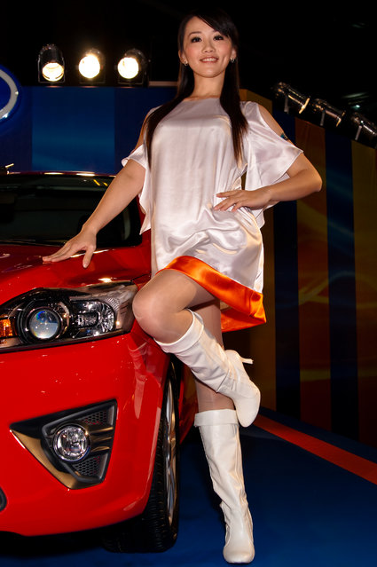 Asian Beauty: Hot Promotional Models in Taipei, Taiwan. Taipei Automobile Show 2009