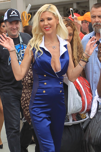 Actor Tara Reid greets fans at Comic Con in San Diego, CA on July 21, 2018. (Photo by Splash News and Pictures)