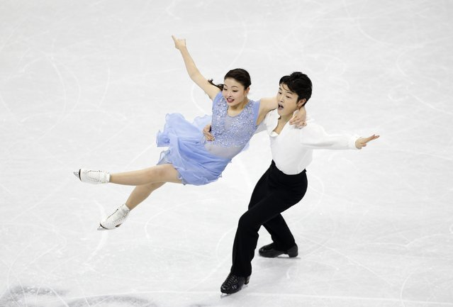 Maia Shibutani and Alex Shibutani of the U.S. perform during the ice dance free dance program competition at the ISU Four Continents Figure Skating Championships in Seoul February 13, 2015. (Photo by Kim Hong-Ji/Reuters)