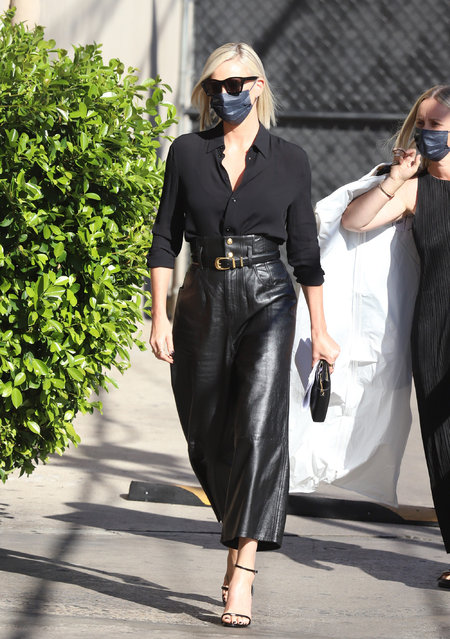 South African and American actress Charlize Theron seen headed to Jimmy Kimmel in Los Angeles, CA. on September 30, 2021. (Photo by The APEX/Mega Agency)