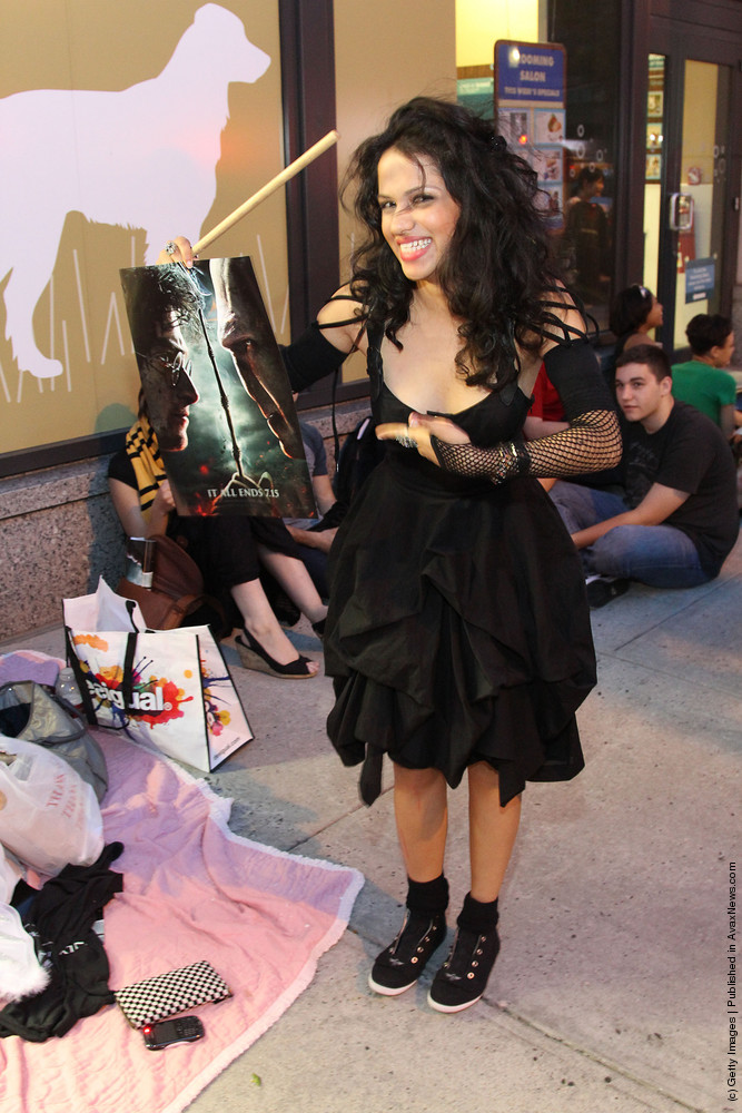 """IMAX & Harry Potter Fans Celebrate The Release Of """"Harry Potter And The Deathly Hallows: Part 2 An IMAX Experience"""""""