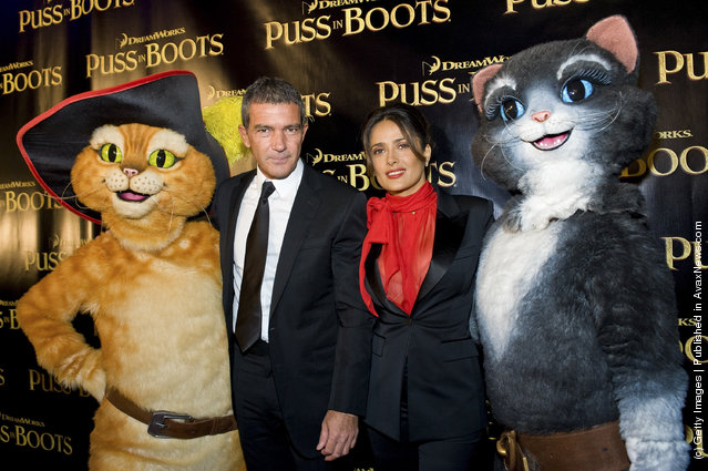 Antonio Banderas and Salma Hayek attend the Puss in Boots