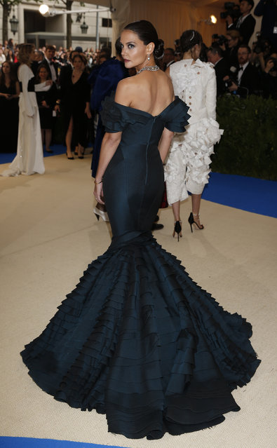 """Katie Holmes attends """"Rei Kawakubo/Comme des Garcons: Art Of The In-Between"""" Costume Institute Gala – Arrivals at Metropolitan Museum of Art on May 1, 2017 in New York City. (Photo by Brendan Mcdermid/Reuters)"""
