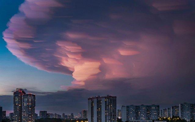 Thunderclouds over Moscow, Russia on July 4, 2019. (Photo by Konstantin Kokoshkin/ZUMA Press)