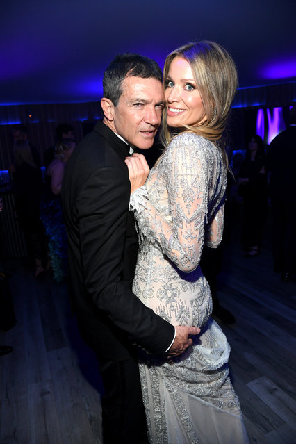 (L-R) Antonio Banderas and Nicole Kimpel attend the 2020 Vanity Fair Oscar Party hosted by Radhika Jones at Wallis Annenberg Center for the Performing Arts on February 09, 2020 in Beverly Hills, California. (Photo by Kevin Mazur/VF20/WireImage)