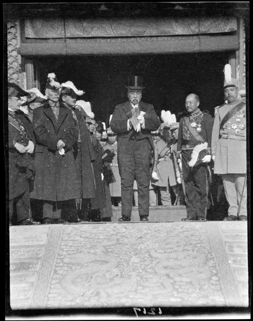 Thanksgiving Day Review, President Making Speech Telar. China, Beijing, 1917-1919. (Photo by Sidney David Gamble)