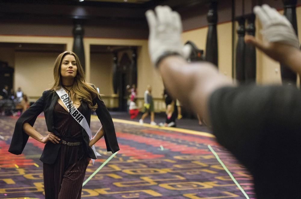 Miss Universe Pageant, Part 1/2