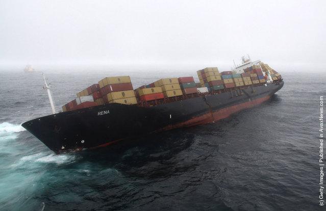 Authorities Fear MV Rena May Break-Up In Rough Seas