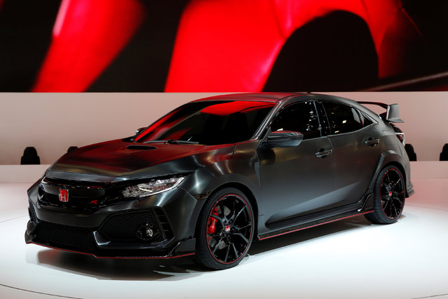 The Civic Type R Prototype is displayed on media day at the Paris auto show, in Paris, France, September 29, 2016. (Photo by Benoit Tessier/Reuters)