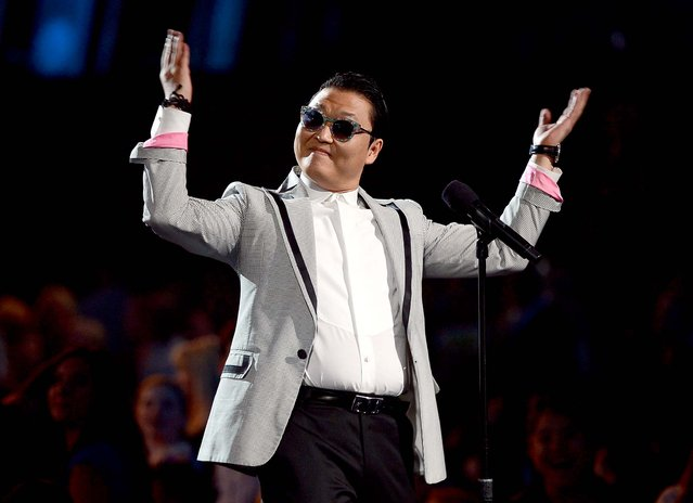 Psy speaks during the 2013 Billboard Music Awards. (Photo by Ethan Miller/Getty Images)
