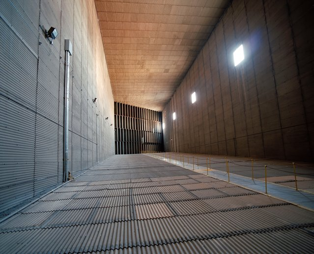 Airway – 30x60ft full-scale wind tunnel, NASA Langley research center, Virginia in 1997. (Photo by Roland Miller)
