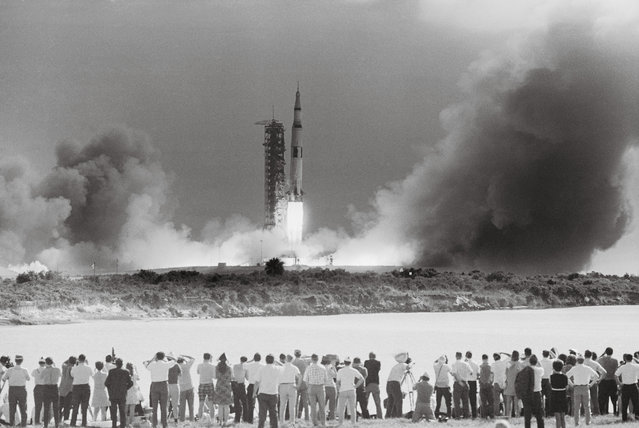 View of the Apollo 11 launch from the press area, Kennedy Space Centre in Florida on 16 July 1969. (Photo by Bettmann/Corbis/Taschen)