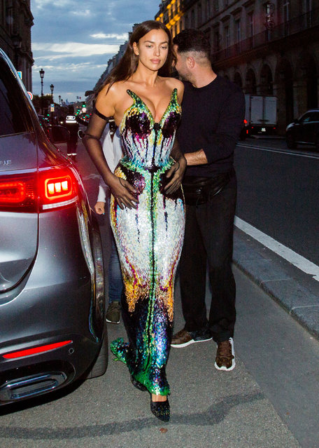 Russian model Irina Shayk arrived at Thierry Mugler – Couturissime Event at Musee Des Arts Decoratifs during Paris Fashion Week on September 28, 2021 in Paris, France. (Photo by Nasser Berzane/ABACAPRESS/Splash News and Pictures)