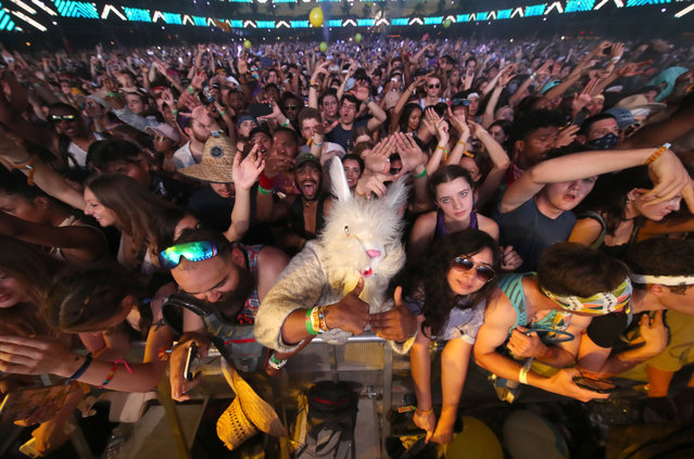 Festivalgoers attend day 3 of the Coachella Valley Music And Arts Festival (Weekend 1) at the Empire Polo Club on April 16, 2017 in Indio, California. (Photo by Christopher Polk/Getty Images for Coachella)