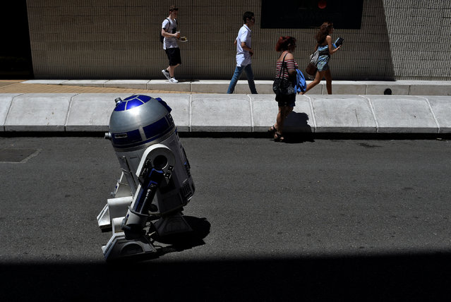 A Star Wars robot is seen during the parade in Metropoli (Media Culture and Entertainment Festival) in Gijon, northern Spain, July 3, 2016. (Photo by Eloy Alonso/Reuters)