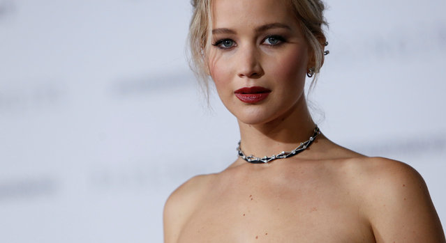 """Cast member Jennifer Lawrence poses at the premiere of """"Passengers"""" in Los Angeles, California U.S., December 14, 2016. (Photo by Mario Anzuoni/Reuters)"""