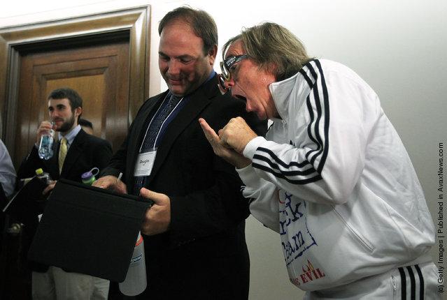 Watchdog Group Mocks Google On Capitol Hill