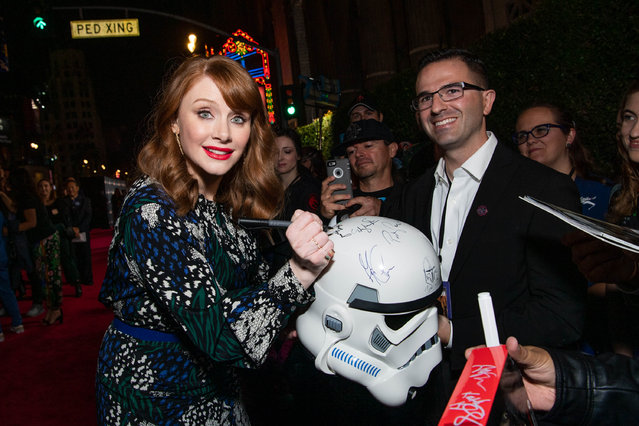 "Bryce Dallas Howard attends the premiere of Disney+'s ""The Mandalorian"" at El Capitan Theatre on November 13, 2019 in Los Angeles, California. (Photo by Emma McIntyre/Getty Images)"