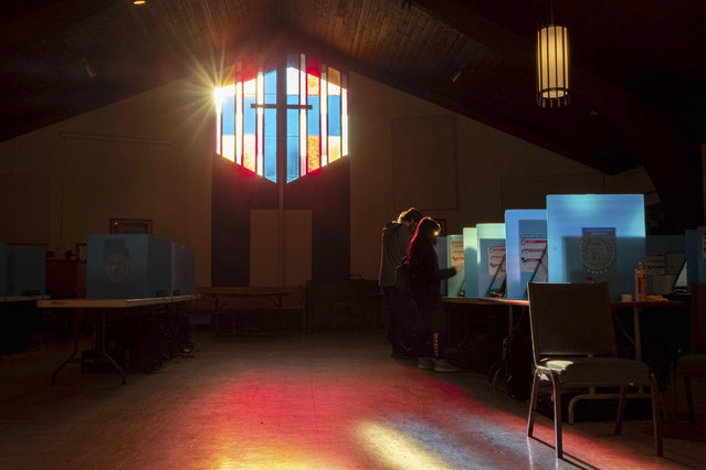 Voters mark their ballots at the Lawrenceville Road United Methodist Church in Tucker, Ga. during the Senate runoff election Tuesday morning, January 5, 2021. (Photo by Ben Gray/AP Photo)