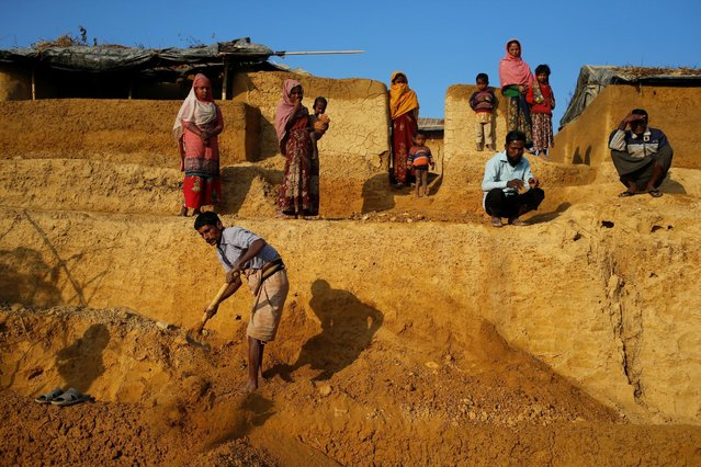 Newly arrived Rohingya refugees build new makeshift home at Kutupalang Unregistered Refugee Camp, in Cox's Bazar, Bangladesh, February 4, 2017. (Photo by Mohammad Ponir Hossain/Reuters)