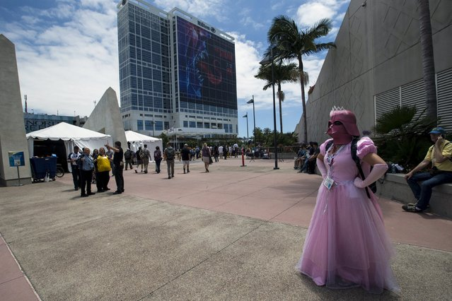 Cosplay enthusiast Jessica Bykowski wears a costumed themed after Star Wars during the 2015 Comic-Con International Convention in San Diego, California July 10, 2015. (Photo by Mario Anzuoni/Reuters)