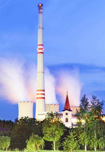 Power station Chvaletice, Czech Republic. (Photo by Radek Kalhous/Caters News)