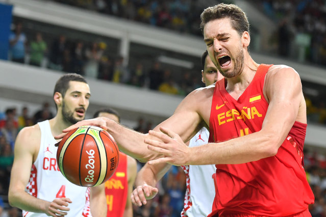 Spain's centre Pau Gasol reacts during a Men's round Group B basketball match between Croatia and Spain at the Carioca Arena 1 in Rio de Janeiro on August 7, 2016 during the Rio 2016 Olympic Games. (Photo by Andrej Isakovic/AFP Photo)
