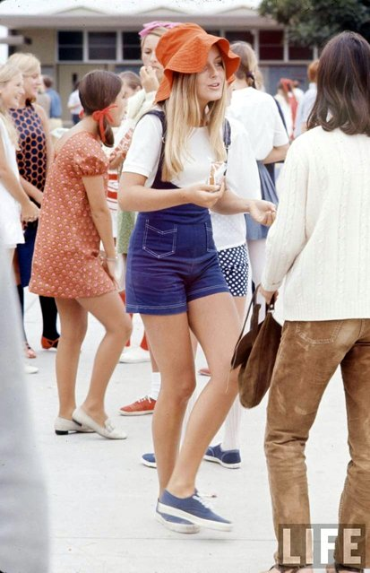 High school fashions, 1969. (Photo by Arthur Schatz/Time & Life Pictures/Getty Images)