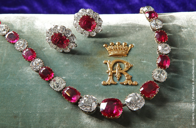 A rare ruby and diamond necklace and ruby earings from the 19th Century