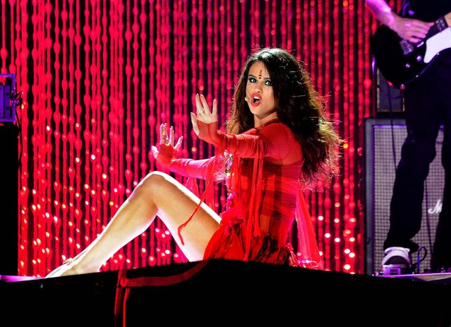 Selena Gomez performs at the MTV Movie Awards. (Photo by Jordan Strauss/Invision for MTV)