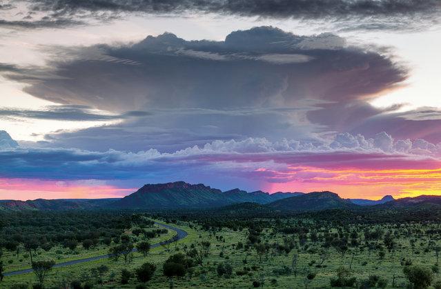 September. A storm cell seen across the West MacDonnell Ranges, Northern Territory. (Photo by Peter Nunn/Australian Bureau of Meteorology)