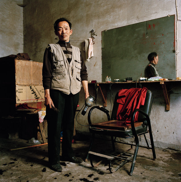 Dai Huaiquan (62), Barber. Mengdingshan, Sichuan. (Photo by Mathias Braschler and Monika Fischer)