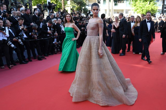 "Portuguese model Sara Sampaio poses as she arrives on May 12, 2018 for the screening of the film ""Girls of the Sun (Les Filles du Soleil)"" at the 71 st edition of the Cannes Film Festival in Cannes, southern France. (Photo by Loic Venance/AFP Photo)"
