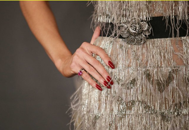 Detail view of Heidi Klum's hand and jewelery as she arrives at The Weinstein Company & Netflix Golden Globe After Party in Beverly Hills, California January 10, 2016. (Photo by Danny Moloshok/Reuters)