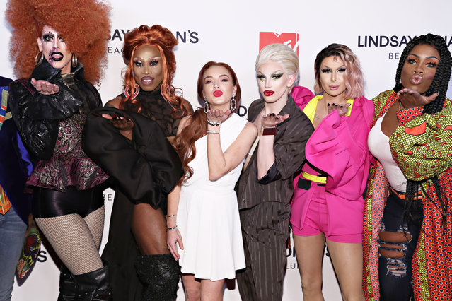 """Dusty Ray Bottoms, Monique Heart, Lindsay Lohan, Aquaria, Trinity 'The Tuck' Taylor and Money X Change attend MTV's """"Lindsay Lohan's Beach Club"""" Premiere Party at Moxy Times Square on January 7, 2019 in New York City. (Photo by Cindy Ord/Getty Images for MTV)"""