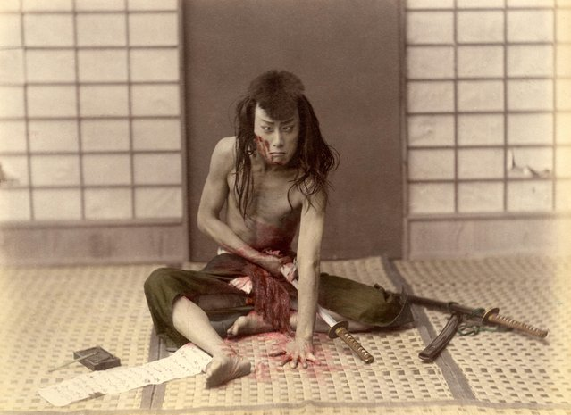 Samurai commiting seppuku (hara-kiri) in Japan, circa 1880. (Photo by adoc-photos/Corbis via Getty Images)