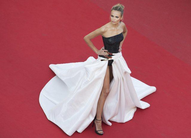 "Model Natasha Poly poses on the red carpet as she arrives for the screening of the film ""Carol"" in competition at the 68th Cannes Film Festival in Cannes, southern France, May 17, 2015. (Photo by Yves Herman/Reuters)"